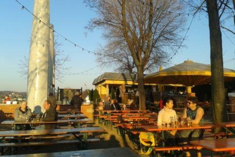 Biergarten an der Elbe