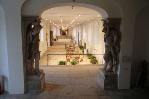 Portal Japanisches Palais