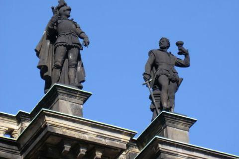 Skulpturen Ritter Stadtführung Dresden