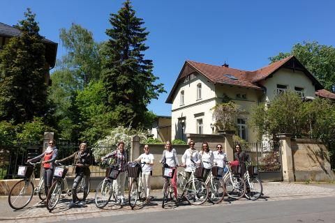 Stadtrundfahrt Dresden Fahrrad zeigt die Stadtviertel